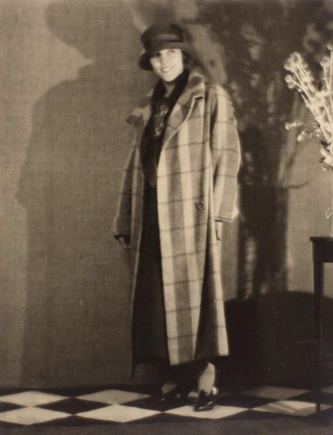 genica 1925 man ray